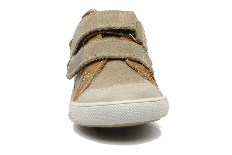 Baskets Noël Mini Nico Beige vue portées chaussures
