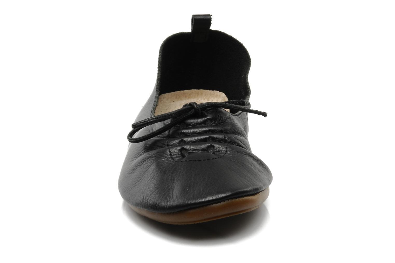 Ballerines Chocolate Schubar Daniel Noir vue portées chaussures