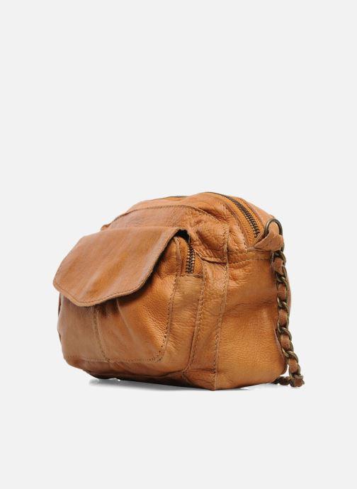Borse Pieces Naina Leather Crossover Marrone modello indossato