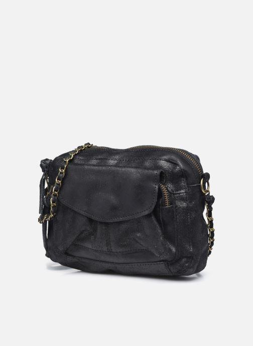 Sacs à main Pieces Naina Leather Crossover Noir vue portées chaussures