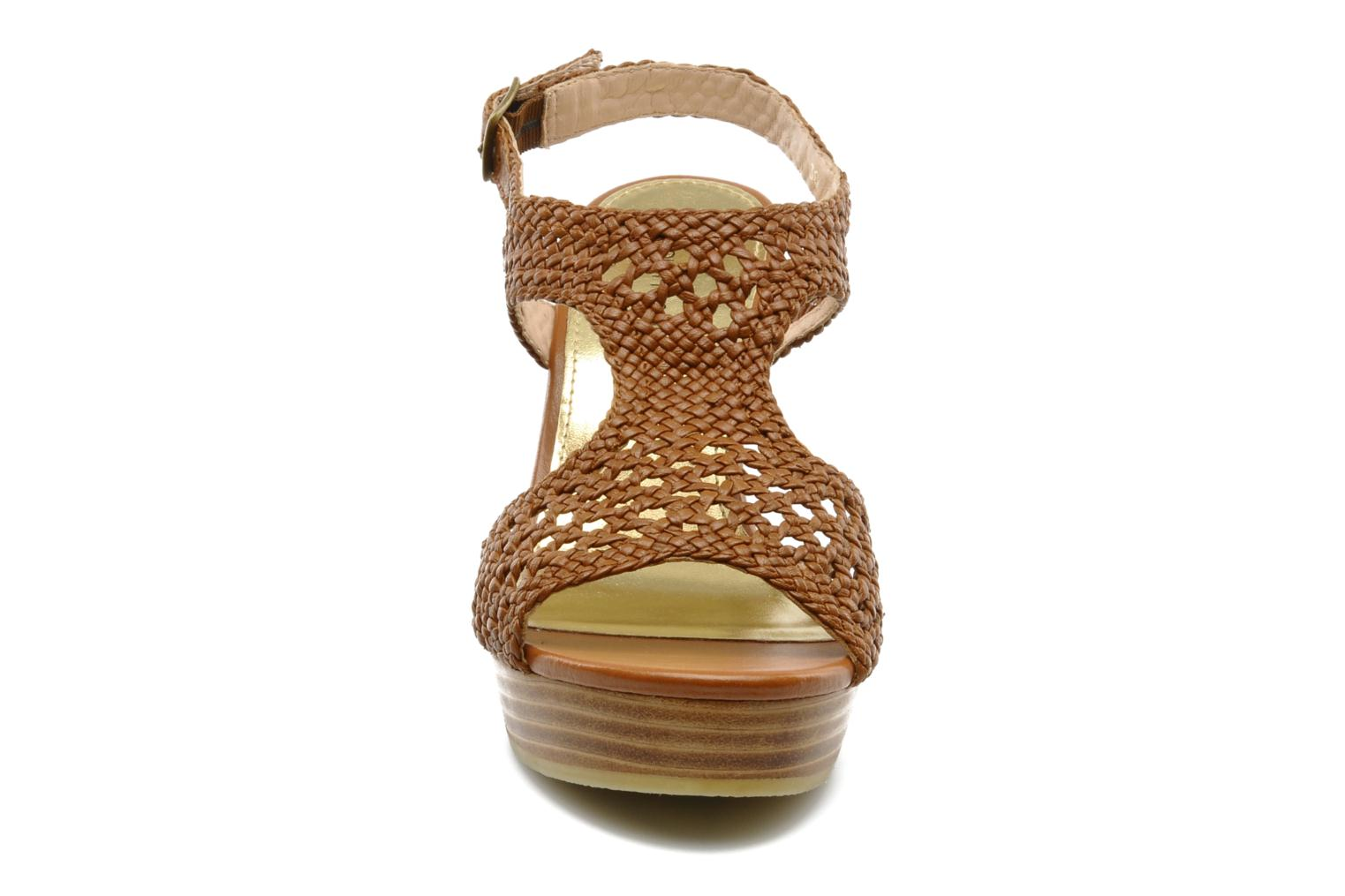 Sandals Mellow Yellow Lexic Brown model view