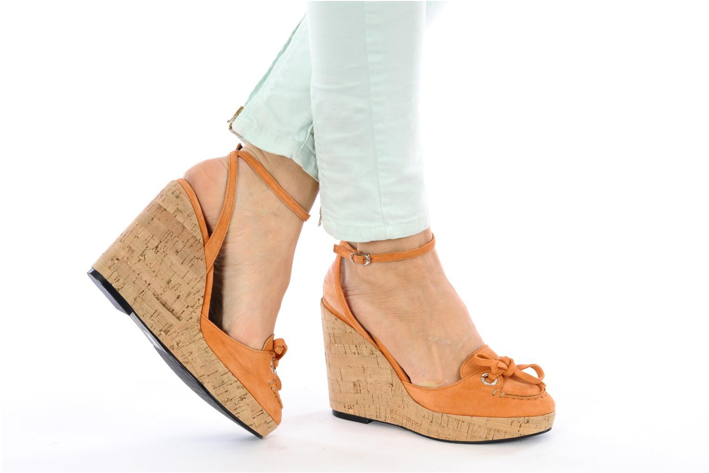 Sandales et nu-pieds Sebago & Gaspard Yurkievich Ydriss Orange vue bas / vue portée sac
