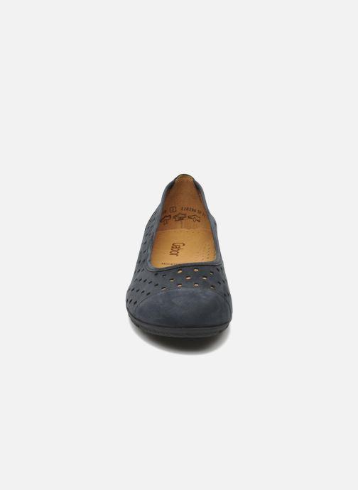 Ballerines Gabor Stéphanie Bleu vue portées chaussures