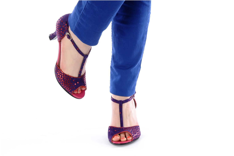 Sandales et nu-pieds Annabel Winship Hambug Violet vue bas / vue portée sac