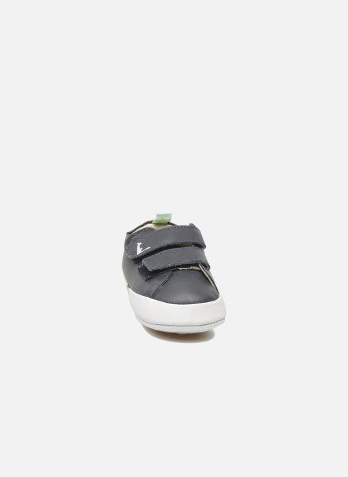 Sneakers Tip Toey Joey New Flashy Azzurro modello indossato