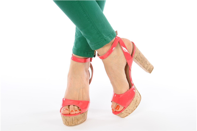 Sandalen Pour La Victoire Nasha rosa ansicht von unten / tasche getragen