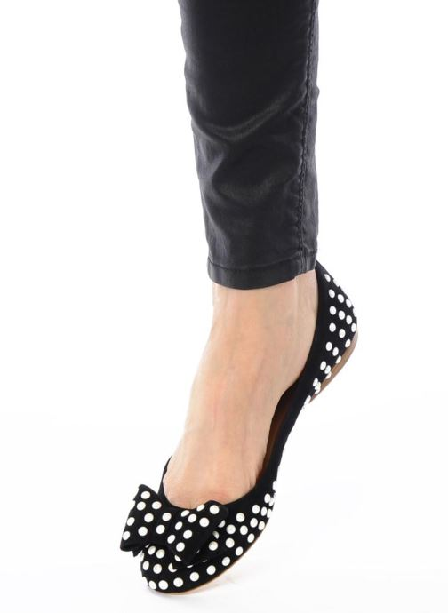 Ballet pumps Ernesto Esposito Evie Black view from underneath / model view