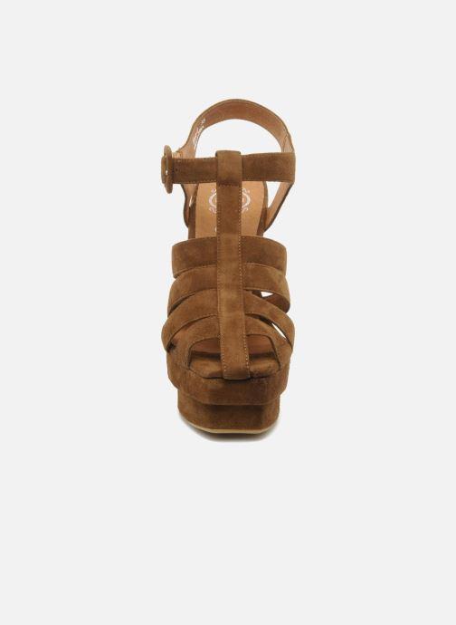 Sandales et nu-pieds Jeffrey Campbell Eva B Marron vue portées chaussures