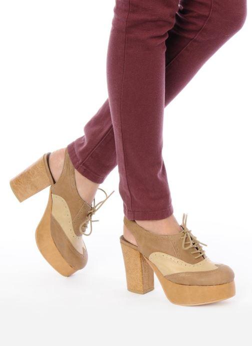 Zapatos con cordones Jeffrey Campbell Ditto Beige vista de abajo