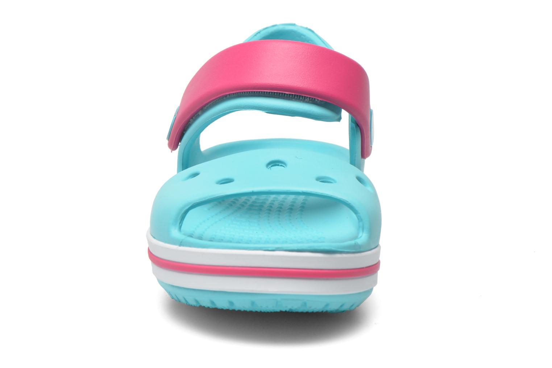 Sandali e scarpe aperte Crocs Crocband Sandal Kids Azzurro modello indossato