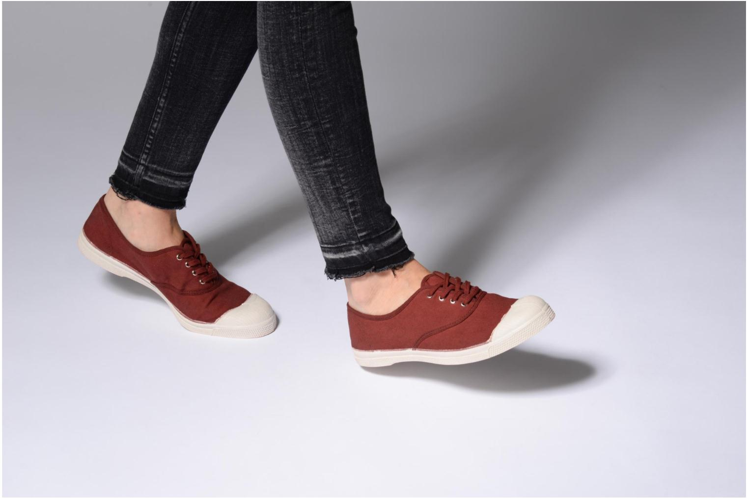 Trainers Bensimon Tennis Lacets Burgundy view from underneath / model view