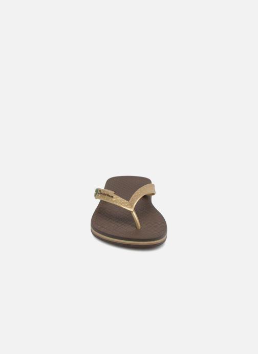 Tongs Ipanema Classica Brasil II f Marron vue portées chaussures