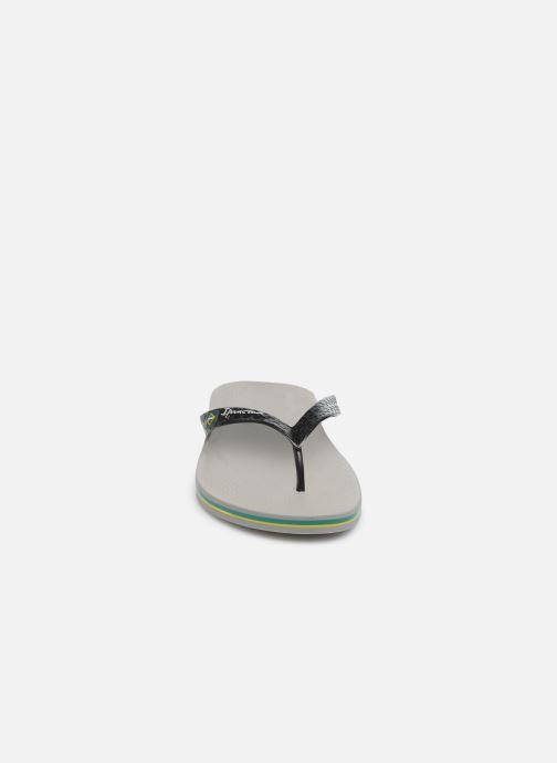 Tongs Ipanema Classic Brasil II M Gris vue portées chaussures