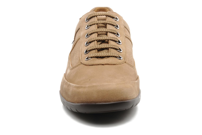 Zapatos con cordones Mephisto Balek Beige vista del modelo