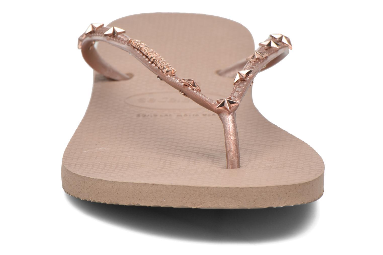 Tongs Havaianas Slim Hardware Or et bronze vue portées chaussures