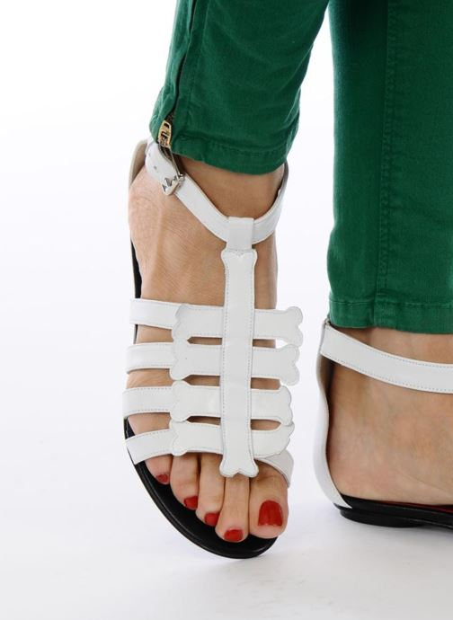 Sandals Mellow Yellow Leskelet White view from underneath / model view