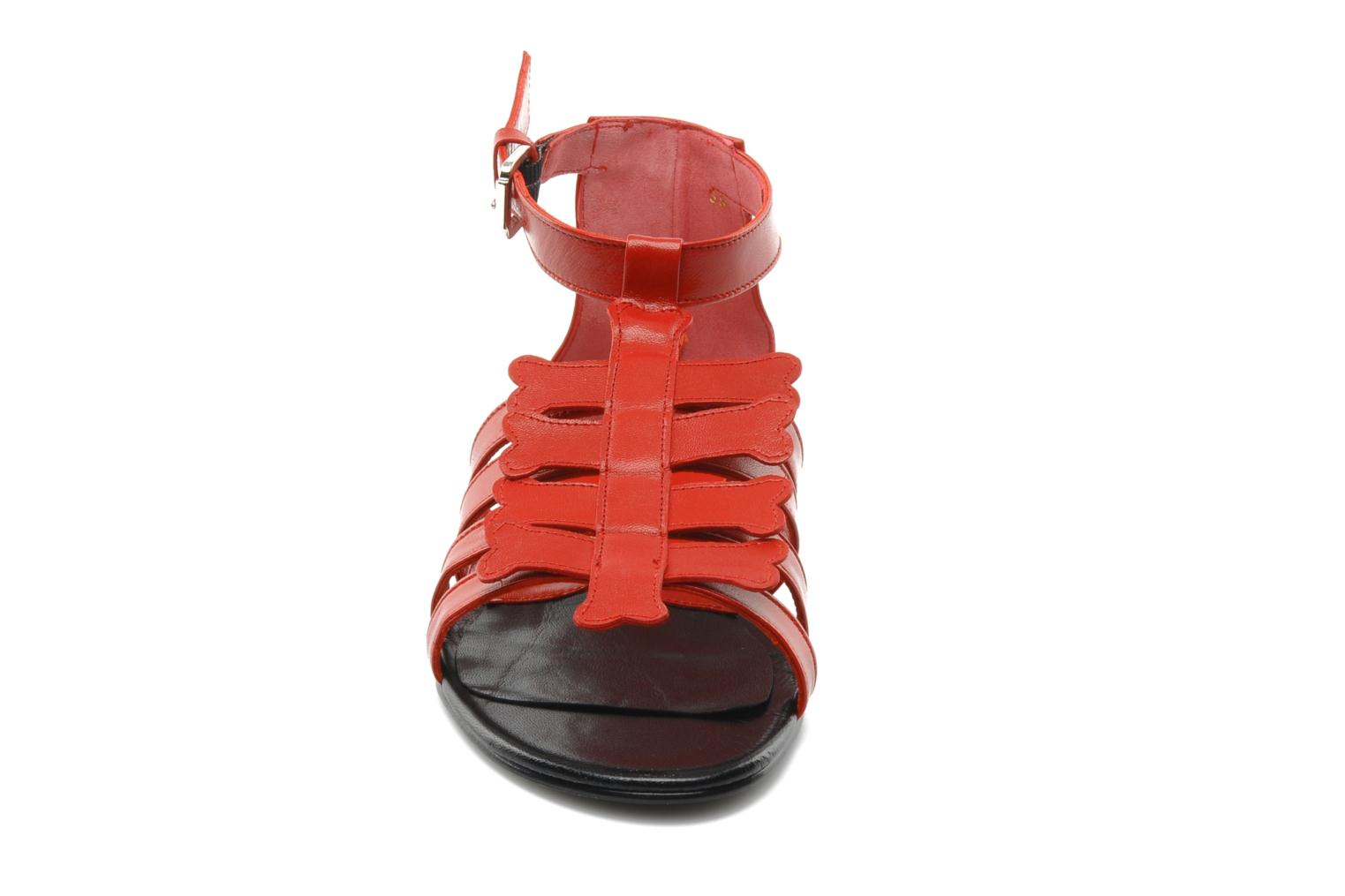 Sandals Mellow Yellow Leskelet Red model view