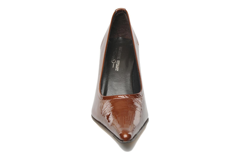 Escarpins Elizabeth Stuart Delta Marron vue portées chaussures