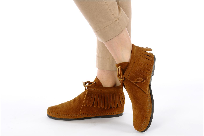 Stiefeletten & Boots Minnetonka CLASSIC FRINGE braun ansicht von unten / tasche getragen