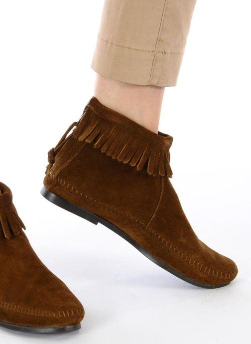 Bottines et boots Minnetonka BACK ZIPPER BT Marron vue bas / vue portée sac