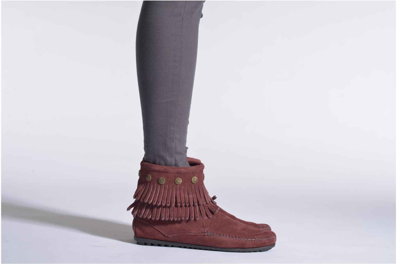 Bottines et boots Minnetonka DOUBLE FRINGE BT Noir vue bas / vue portée sac