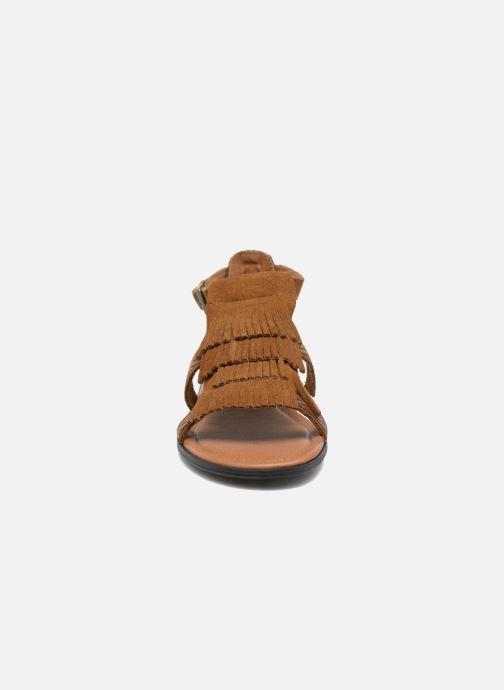 Minnetonka Maui (Marron) Sandales et nu pieds chez Sarenza
