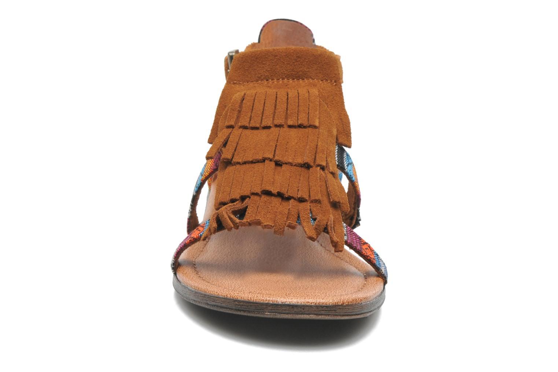 Sandales et nu-pieds Minnetonka Maui Multicolore vue portées chaussures