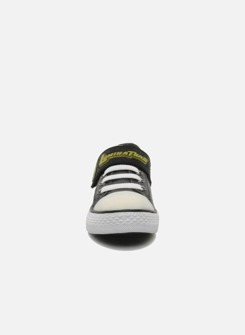 Trainers Skechers Roswell Grey model view