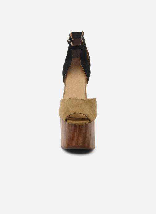 Sandalen Jeffrey Campbell STRUP grün schuhe getragen