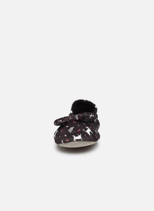 Chaussons Isotoner Ballerine velours grand nœud Multicolore vue portées chaussures