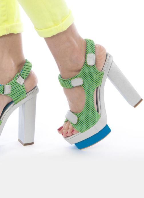 Sandales et nu-pieds Jeffrey Campbell FONDA Vert vue bas / vue portée sac