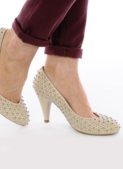 High heels Jeffrey Campbell LANE SPIKE Beige view from underneath / model view