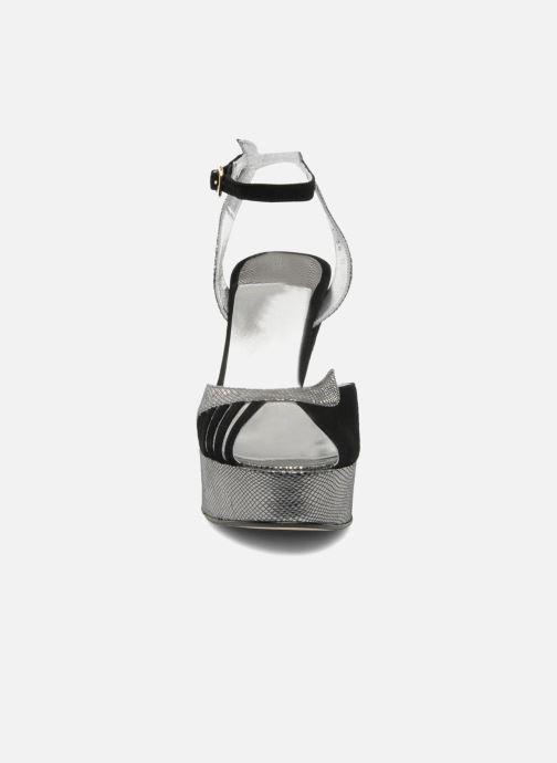 Sandales et nu-pieds Terry de Havilland MARGAUX LOW Noir vue portées chaussures