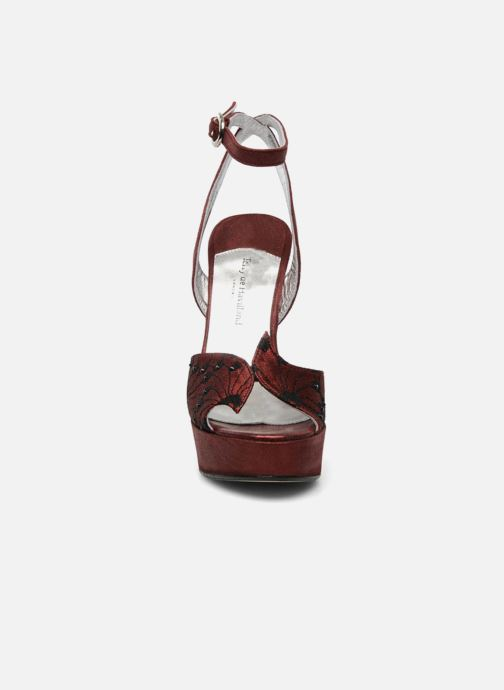 Sandales et nu-pieds Terry de Havilland LIZZY LACE Rouge vue portées chaussures
