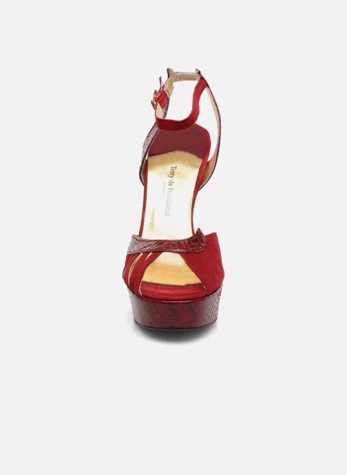 Sandales et nu-pieds Terry de Havilland MARGUERITE SNAKE Rouge vue portées chaussures