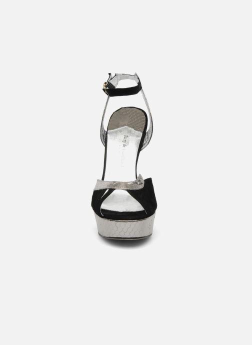 Sandales et nu-pieds Terry de Havilland MARGUERITE SNAKE Noir vue portées chaussures