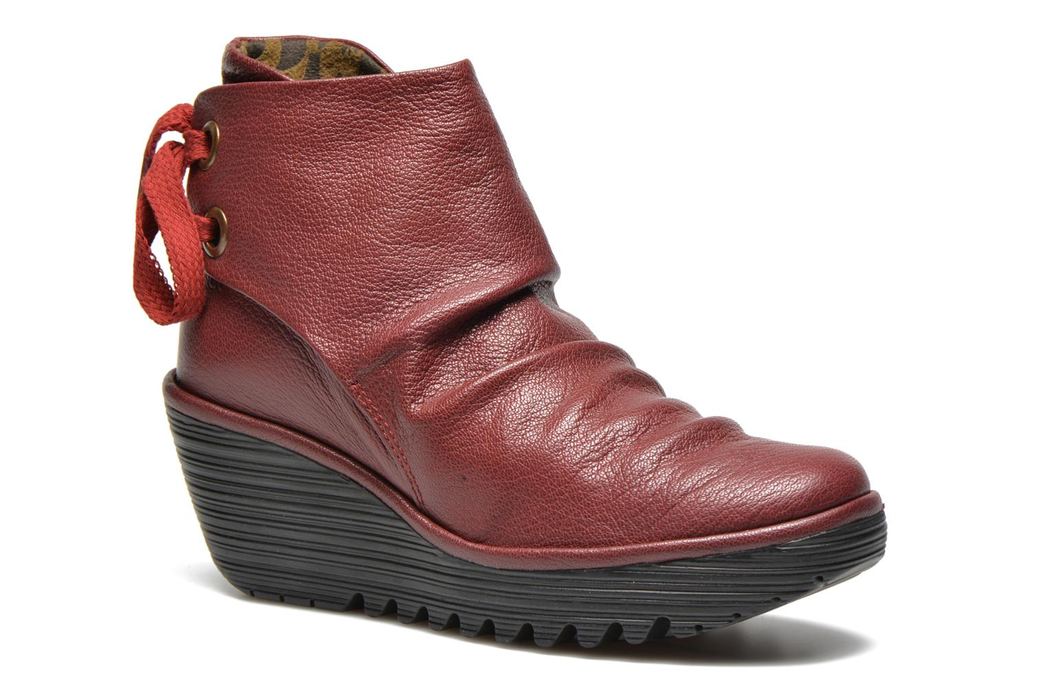 Ankle boots Fly London Yama Red detailed view/ Pair view