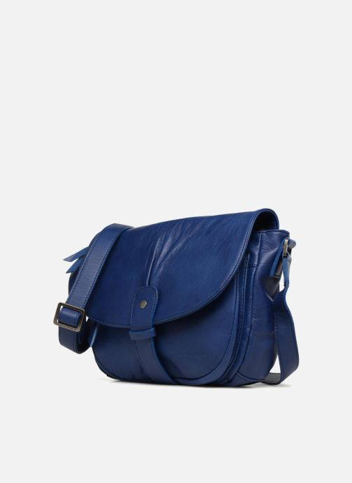 Handtaschen Sabrina Louison blau schuhe getragen