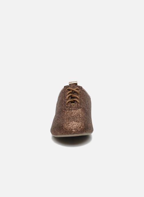 Snøresko Mellow Yellow Mini Moonwolk Guld og bronze se skoene på