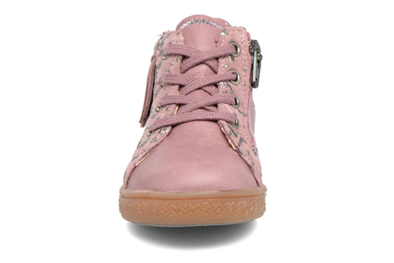 Baskets Babybotte Apache Rose vue portées chaussures