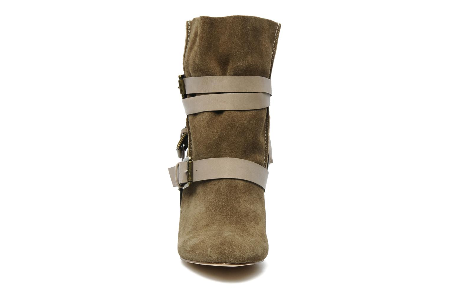 Ankle boots Chocolate Schubar Gis Green model view