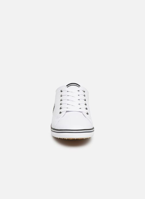 Baskets Fred Perry Kingston Leather Blanc vue portées chaussures