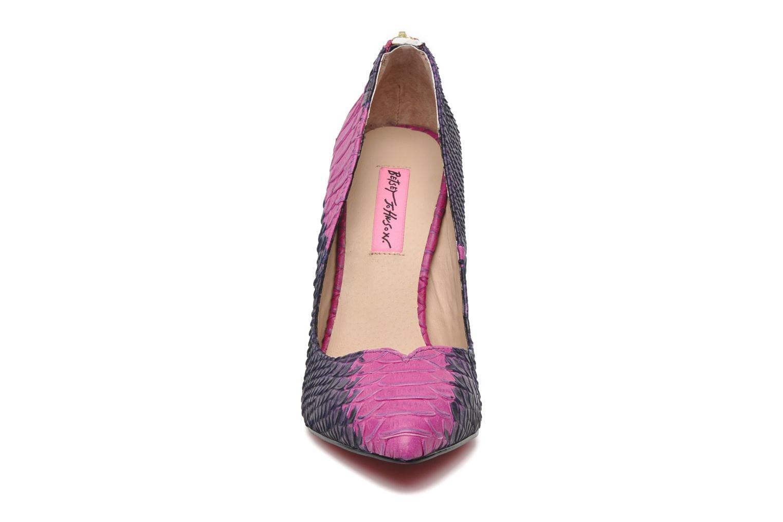 Escarpins Betsey Johnson TAYLR Rose vue portées chaussures