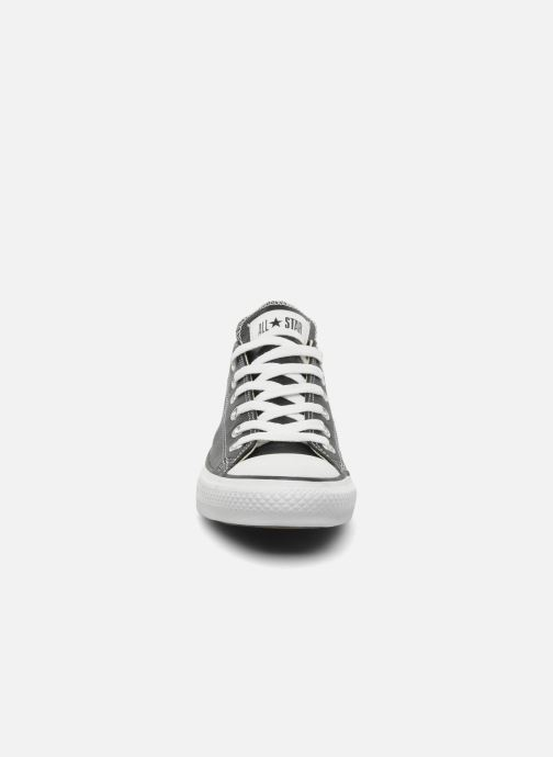Sneakers Converse Chuck Taylor All Star Leather Ox M Sort se skoene på