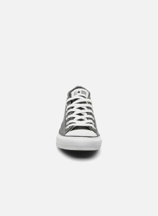 Sneaker Converse Chuck Taylor All Star Leather Ox M schwarz schuhe getragen