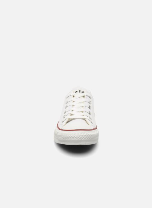 Sneakers Converse Chuck Taylor All Star Leather Ox W Bianco modello indossato