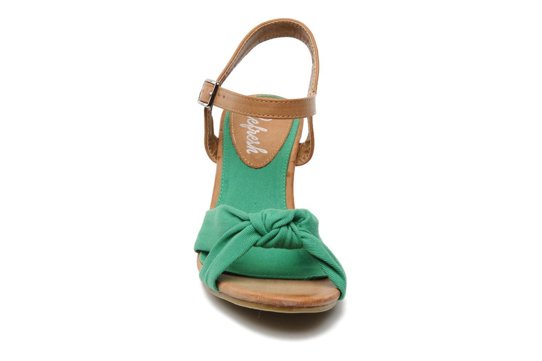 Sandales et nu-pieds Refresh ARMONIA Vert vue portées chaussures
