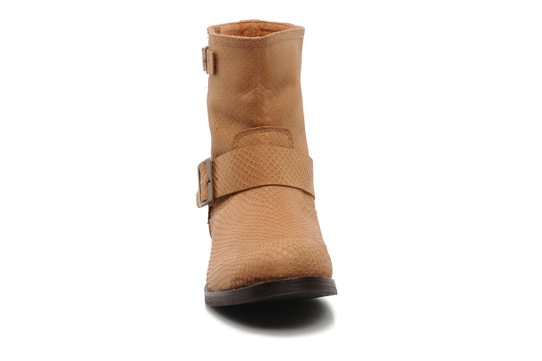 Bottines et boots Georgia Rose Boteni Beige vue portées chaussures