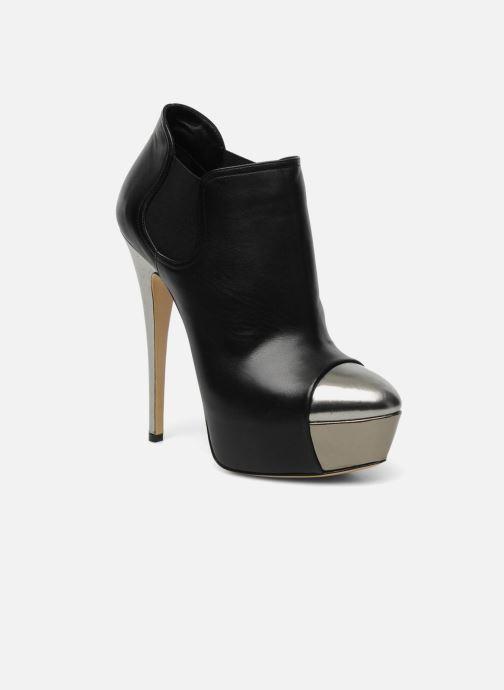 Bottines et boots Casadei puplum Barbe Noir vue détail/paire