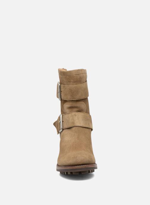 Bottines et boots Free Lance Biker 7 Mini Strap Beige vue portées chaussures